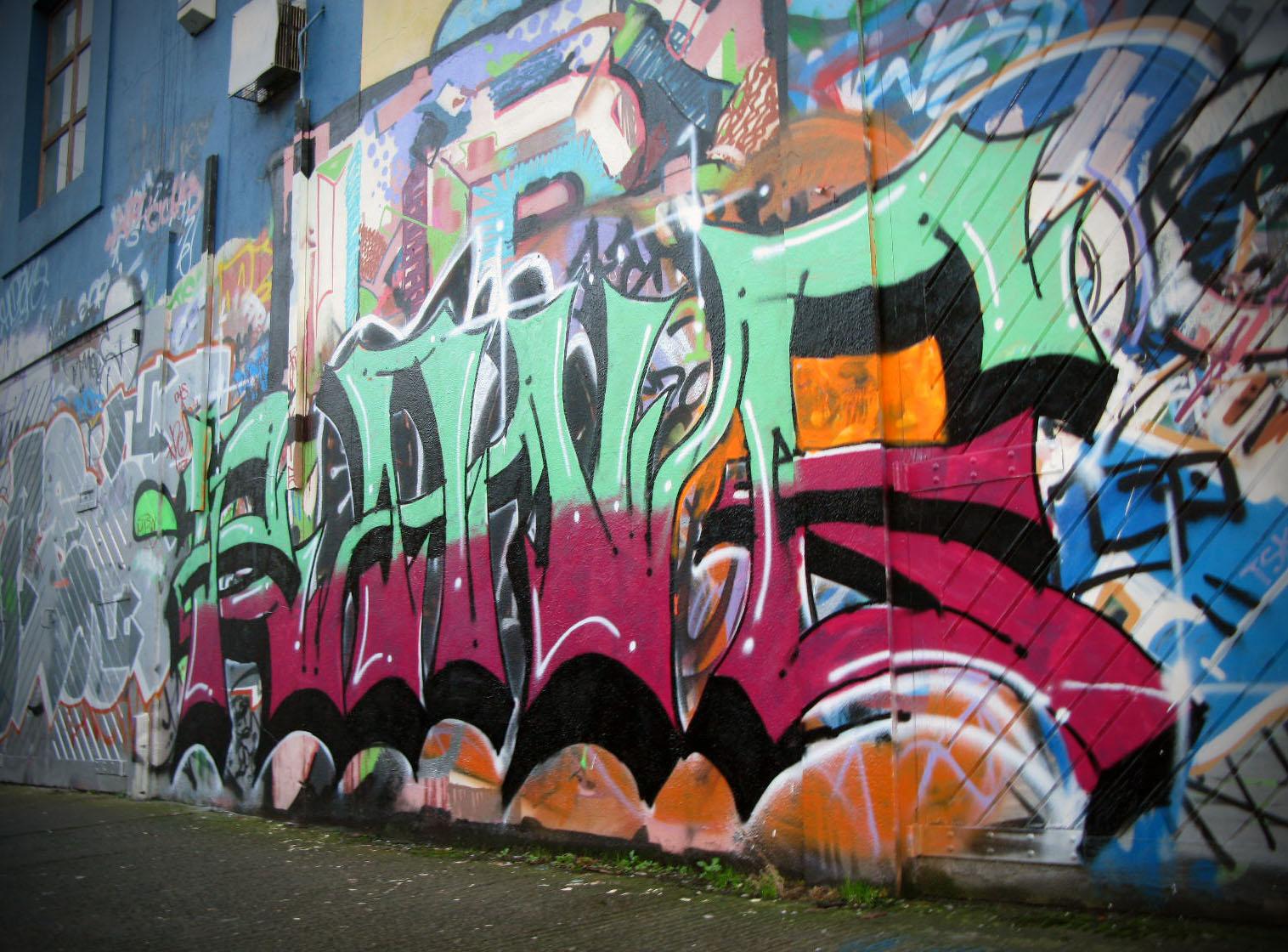 U2 graffiti wall location - Wind1 Jpg