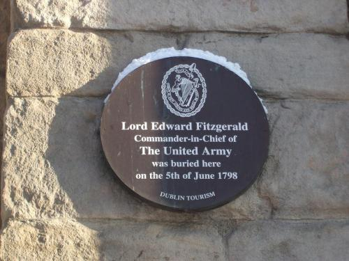 Plaque on Saint Werburgh's Church, Werburgh Street.