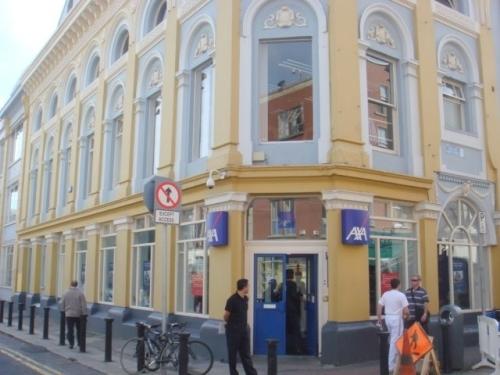 Axa Insurance building (image credit: ratemyarea.com)