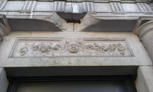 Detail above the door no.42
