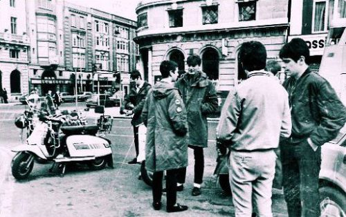 Mods on O'Connell Street - Mid 80s - Photo from Dublin Opinion. (via Where Were You?)