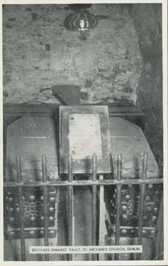 A postcard image of the vault of the brothers.