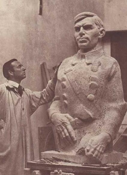 Laurance Campbell at work on his great statue for Sean Heuston, which today sits in the Phoenix Park near the zoo.