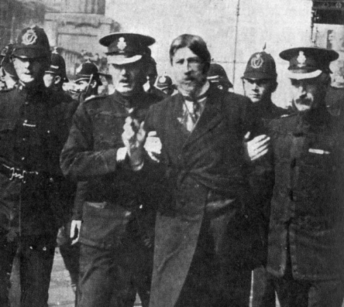 The events in Ringsend were just violent episode in a weekend which would see hundreds injured in Dublin, and death on the streets. This image shows the arrest of Larkin on the day after the Ringsend riot.