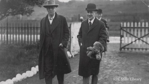 Oliver St. John Gogarty and W.B Yeats photgraphed after releasing the swans, 1924.© RTÉ Stills Library 0511/008