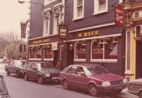 Rices, 1984. Credit - @PhotosOfDublin.
