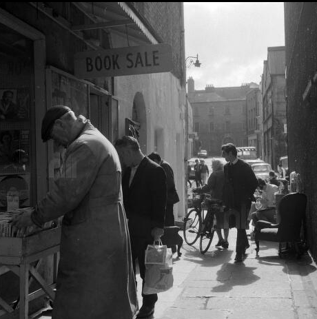 A 1969 image of Merchant's Arch, Temple Bar (National Library of Ireland))
