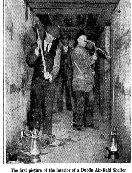A 1939 image of men working on an air raid shelter (Image: Irish Press)