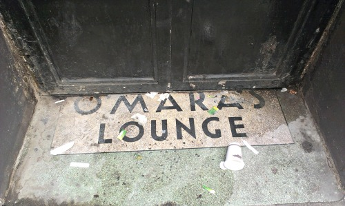 O'Mara's Lounge. Prices Lane off Fleet Street, Temple Bar. Credit - Sam