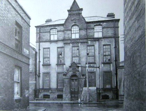 10 Mill Street. Uploaded onto Facebook by Willie King.