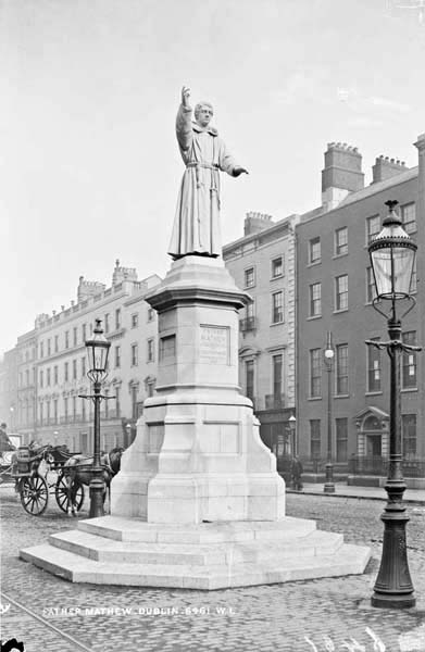 A historic image of the Father Matthew monument, O'Connell Street. (Image Credit: National Library of Ireland)