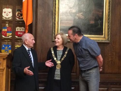 Max with Mayor Críona Ní Dhálaigh & Deputy Mayor Cieran Perry. Picture - Luke O'Riordan.