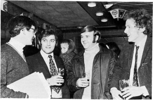 Members of the Dublin Welsh Choir in the Central Bar, 18 Aungier St. in 1971. Thanks to Photopol for passing on the information.