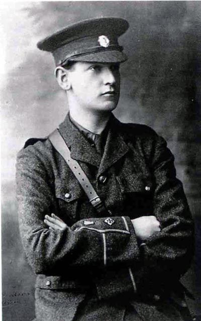 Young_Michael_Collins_Portrait
