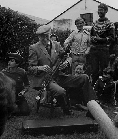 seamus ennis garden recital early 80s 12